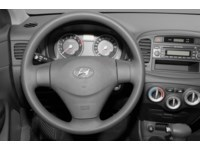2008 Hyundai Accent L Interior Shot 3