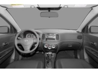 2008 Hyundai Accent L Interior Shot 7