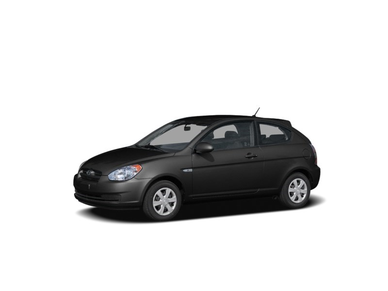2008 Hyundai Accent L Ebony Black  Shot 1